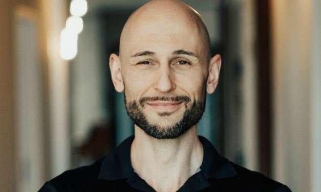 Mozogj. Egyél. Töltődj újra. Töprengj. – Interjú Thomas Korompaival (Torsten Amstein)