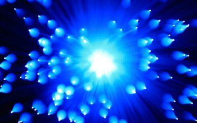 A kék fény veszélyeinek bemutatása
