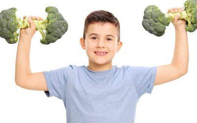 Hogyan segítsünk áttérni a gyerekünknek a teljes értékű low-carb ételekre (Libby Jenkinson)